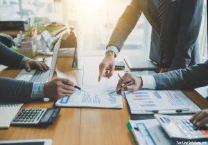 Learn How to Choose a Financial Advisor