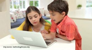 4 Reasons Why Students Like and Dislike Studying Online